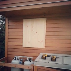 tiny hosue windows