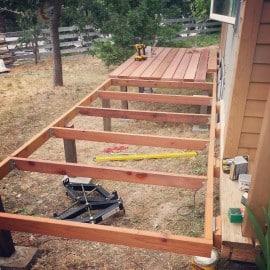 tiny house redwood deck