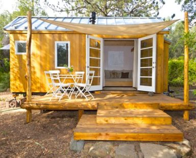 Vina's tiny house, sol haus